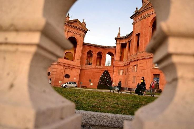Mount St.Luke by gozzibarbara.deviantart.com  Monte San Luca, Bologna, 5 gennaio 2013.