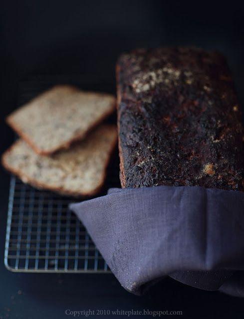 Pracownia Wypieków: Razowy żytni chleb na zakwasie
