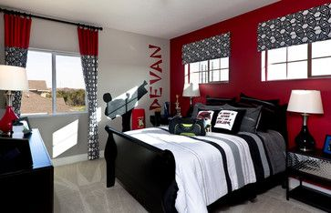 Ninja karate bedroom for a teen boy red black white for Black red and silver bedroom ideas