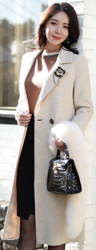 StyleOnme_Brooch Set Alpaca Wool Blend Long Coat #white #wool #coat #elegant #koreanfashion #kstyle #kfashion #falltrend