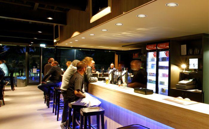 17 mejores ideas sobre iluminaci n de cafeter a en for Como montar una cafeteria