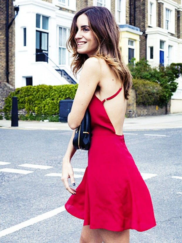 A beginner's guide to picking the perfect first date dress. // #Shopping #OutfitIdeas