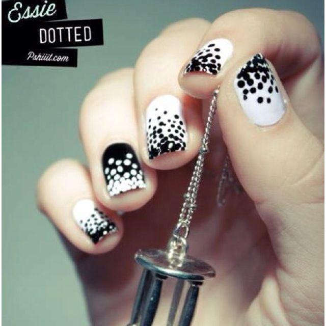 .Blackandwhite, Nails Art, Nailart, Nails Design, Black And White, Polka Dots Nails, Black White, White Nails, Nails Polish
