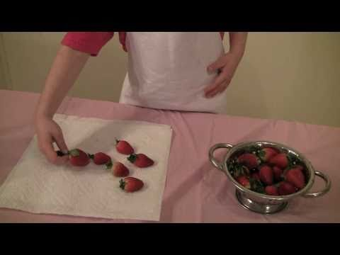 Princess Rosie Makes Chocolate Drizzled Strawberries. Fun and easy recipe for kids. No cooking required. These are perfect for tea parties. #rosiesteaparty #rosiesworld #kidsrecipe #cookingshow #kidsshow