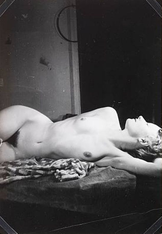 Wols. Germaine lying down 1938