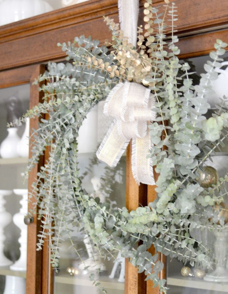 177 best hanging flowers images on pinterest eucalyptus wreath christmas ideas and crowns. Black Bedroom Furniture Sets. Home Design Ideas