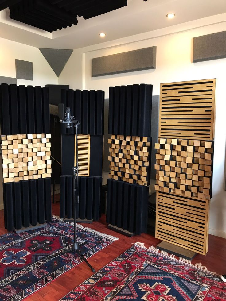 "Utku Sönmez, #Cinetools şirketinin iç ve dış mekan kayıtları için #lavaakustik ""Ayaklı Akustik Panel Paketleri""ni tercih etmiştir! Hayırlı olsun @utkusofficial :) #RecordingStudio #CeilingPanels #Clouds #AcousticTreatment #Diffuser #Basstrap #Absorber #sounddesign #filmscore #rawsources #foley #fieldrecording #locationsound #filmaudio #gameaudio #akustik #panel #acoustic #paket #mosaicdiffuserpro #highwave #basstrappro60"
