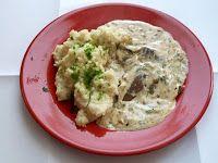 """Heute habe ich ein Rezept aus meinem Buch """"Schatz kocht vegane Hausmannskost - unplugged"""" für Dich.  In meiner Kindheit gab es bei uns oft Rahm-Schnitzel allerdings nicht vegan und das Zeller-Püree wurde durch Spiralen oder Kartoffel-Pürre ersetzt.  Aber warum die Dinge immer so machen, wie sie immer schon gemacht wurden?  Darum wurde aus der Inspiration veganes Rahm-Schnitezl mit Zeller-Püree. #vegan #rezepte #bio #regional #saisonal #zeller #püree #rahm #schnitzel Viel Freude beim…"""