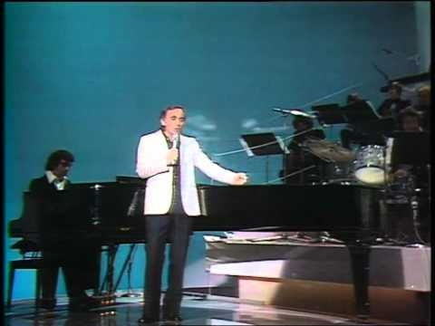 "Charles Aznavour ""Hier encore"""