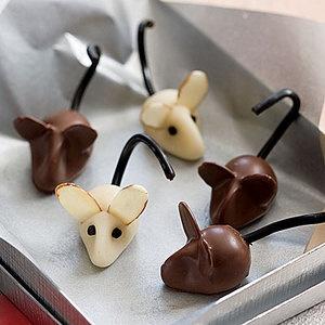Marzipan Mice #Halloween | http://www.rachaelraymag.com/Recipes/rachael-ray-magazine-recipe-search/on-hand-ingredients-recipes/marzipan-mice