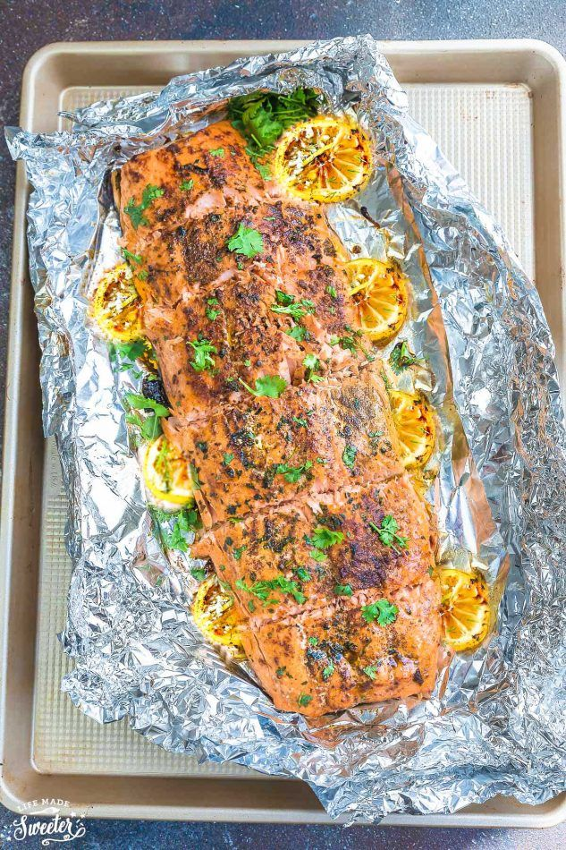 Honey Lemon Salmon - the perfect easy recipe for weeknights. Best of all, comes together in less than 30 minutes and is bursting with delicious lemon flavor