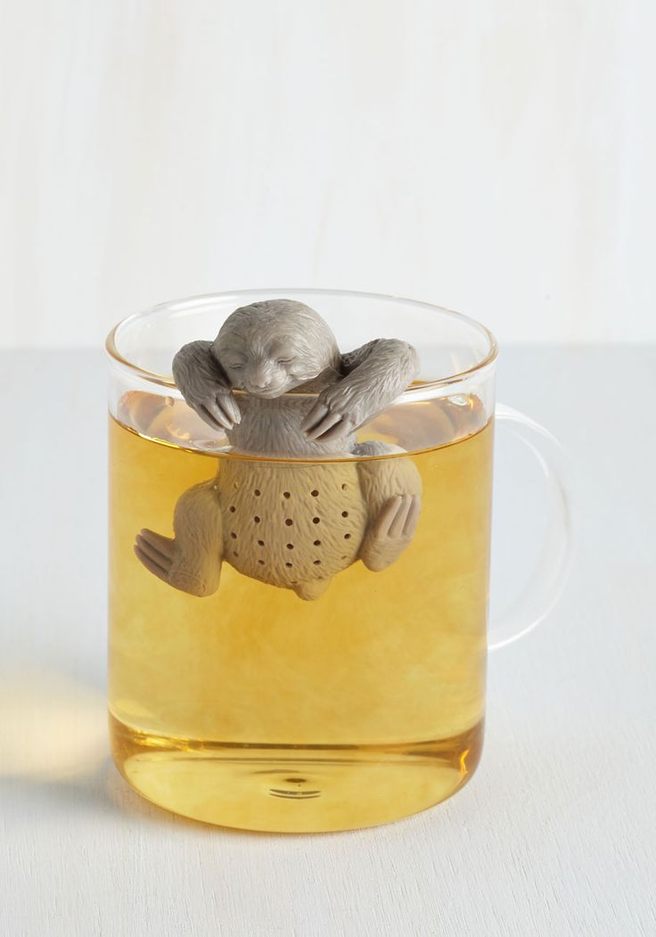 You Snooze, You Brew Tea Infuser. Waking up to the friendly face of this tea infuser by Fred makes any morning a delight! #grey #modcloth