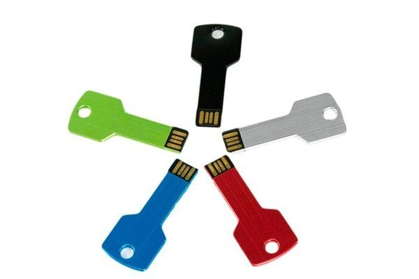PEN DRIVE 8GB CHAVE