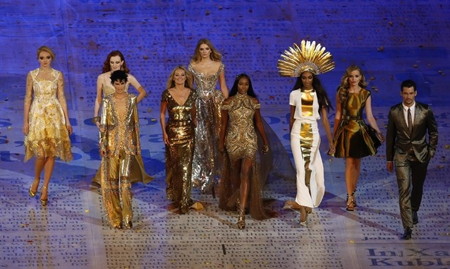 Oh hey #katemoss: 2012 Olympics, Ball Gowns, Tops Models, British Fashion, London Olympics, Close Ceremony, British Supermodels, Naomi Campbell, Olympics Close