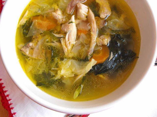 As receitas lá de casa: Sopa de frango do campo