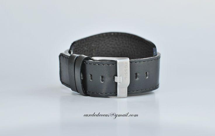 Curea de ceas lucrata pe comanda, din piele naturala, fata si dos! Customized leather watch strap. www.facebook.com/cureledeceasdinpiele http://curele-de-ceas.blogspot.ro/
