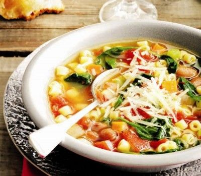 Hearty Tuscan Soup from Catelaine.com