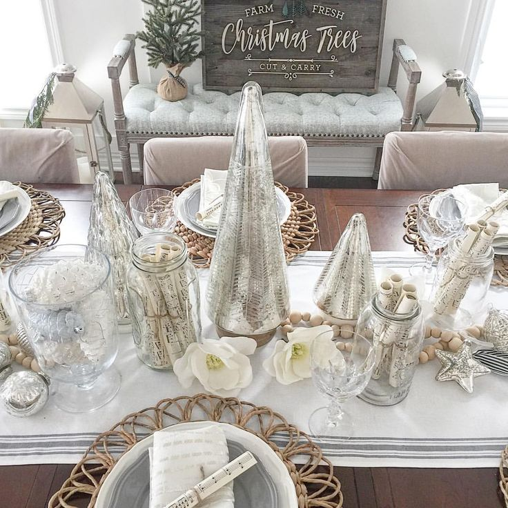 """406 Likes, 44 Comments - Shawna (@willowbloomhome) on Instagram: """"In case you've blown the holiday budget and still want to set a pretty table this Christmas, I'm…"""""""