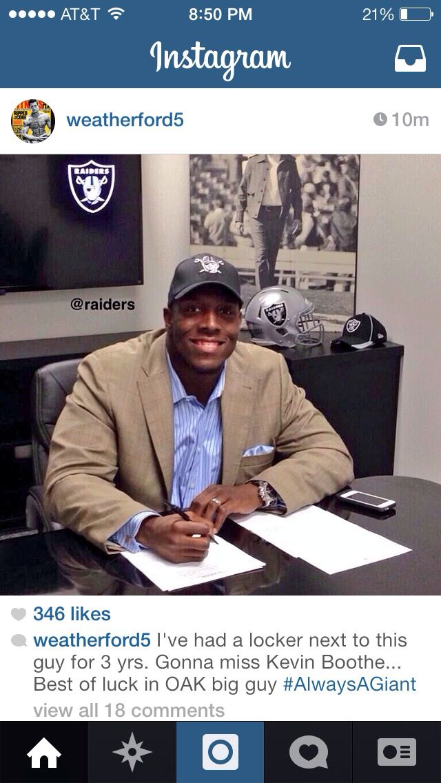 I think I'm starting to understanding the Raiders free agency plans. (Raiders sign Kevin Boothe)  #giants #nyg #nygiants #nygiantsfan  #nygiantsfootball #bigblue #nfl #gmen #nygiantsnation #ny #newyorkgiants #newyork #giantsnation #giantsfan #giantsfanforlife #letsgogiants #offseason #freeagency #kevinboothe
