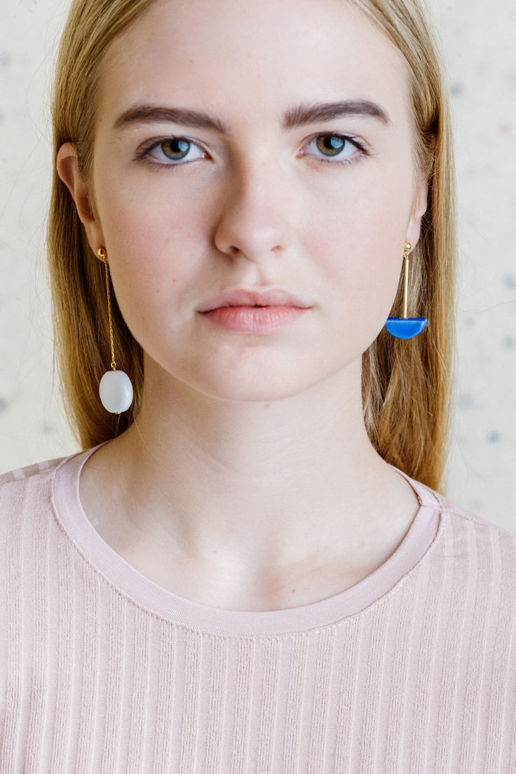 Beautiful minimal jewellery by Pedrusco  http://mindsparklemag.com/design/beautiful-minimal-jewellery-by-pedrusco/
