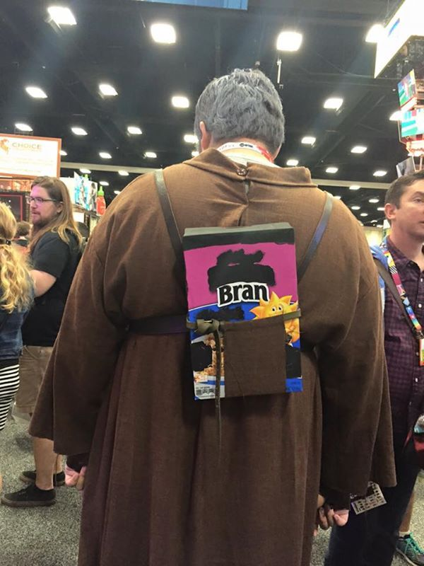 """This Hodor costume from Comic-Con has Game of Thrones fans saying """"Hodor"""" (in a good way). 