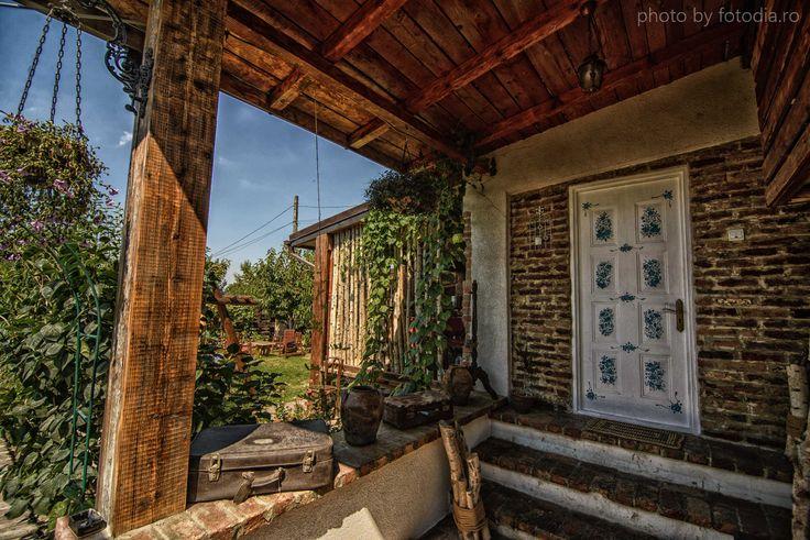 Romanian house by the sea #romania #sea #blacksea #rural #rustic #accommodation #visitromania #tourist #traditional #decor #cuibuldelamare #constanta