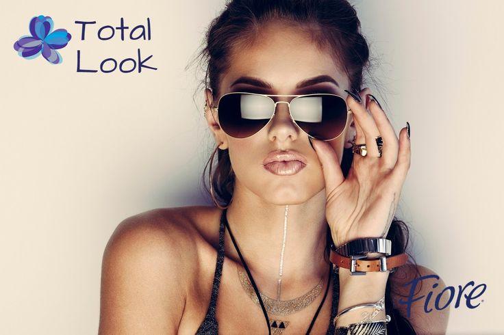 Busca que tus lentes le sienten ven a tu rostro y que nos se vean ni grandes ni chicos
