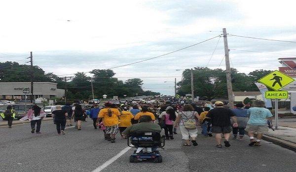 Estado de Emergencia y Toque de Queda en Ferguson
