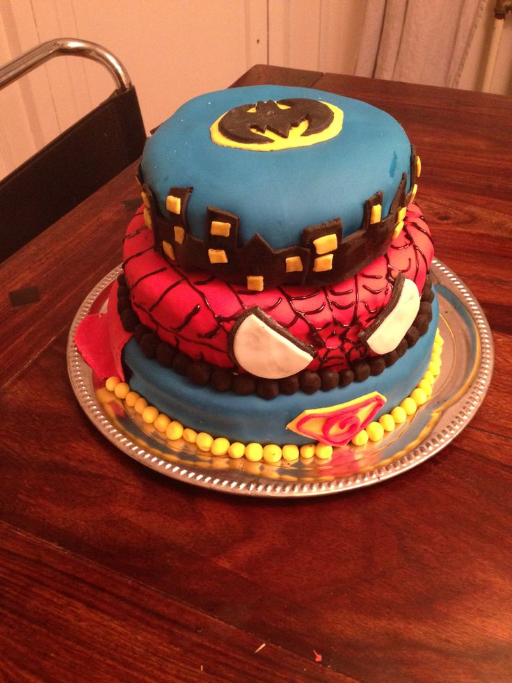 Everything at once-cake: spiderman, superman, batman