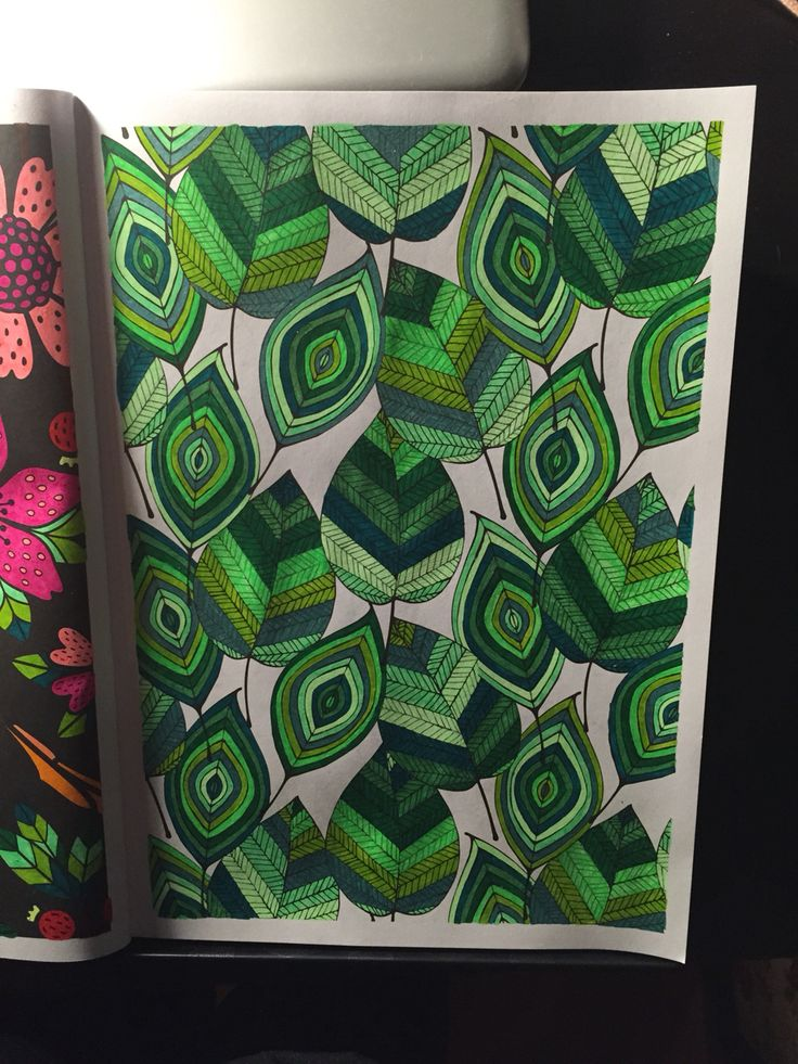 Kleurboek: vintage patterns Gekleurd met: stabilo 68 stiften, wibra glitter en pastel gelpen en action metallic en neon gelpennen