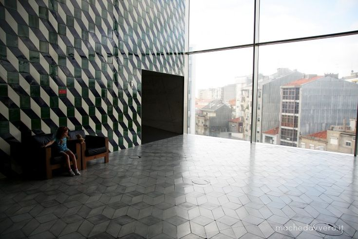 Trip to Portugal / 1 - Porto - by Chiara 03.06.2014   We chose a road trip: two days in Porto, then by car to Lisbon stopping a few days around, then two days in Lisbon and back. It was an amazing trip, I loved Portugal even more and I took tons of pics... Casa da Musica Porto Portugal