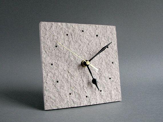 Reciclado papel escritorio reloj • papel regalo de aniversario para la pareja • Eco agradable decoración para la casa • nuevo propietario de la casa Don