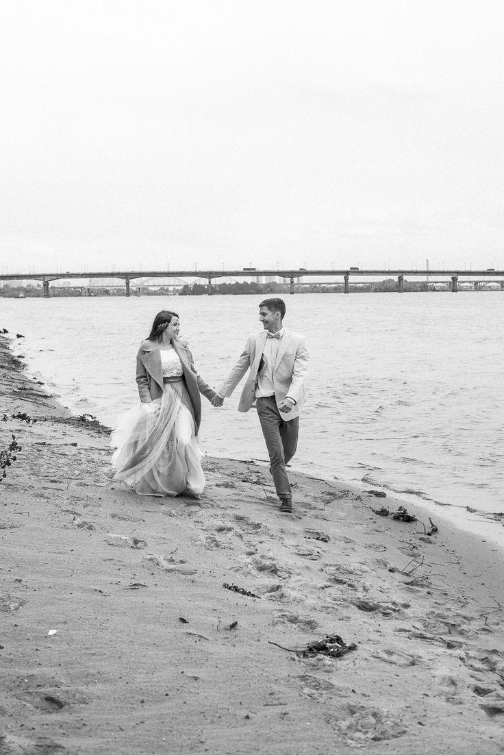 | Wedding Planning, Ideas & Etiquette |  Wedding photo| Wedding photoshoot | Bridal Bouquet  | Bride | Groom | Wedding hair idea |