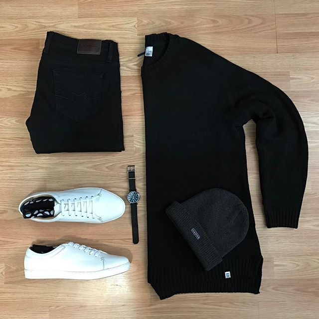 Follow @inisikpe for daily style #suitgrid to be featured  ________________________________________ #SuitGrid by yours truly @inisikpe ________________________________________  Tap For Brands #inisikpe Sweater: @hm Denim: @sebastianmccalljeans Shoes: @justamenshoe Sock: @noblestitch Watch: @timex x @toddsnyderny Hat: @kingandfifth
