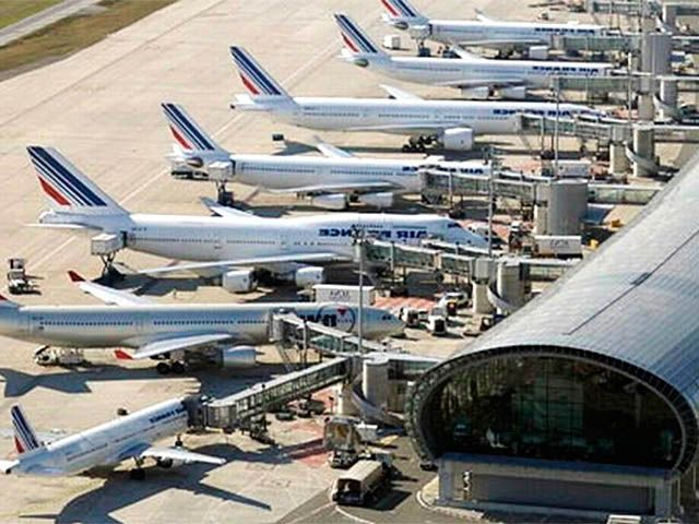 Transport aérien : la FNAM et la folie des taxes