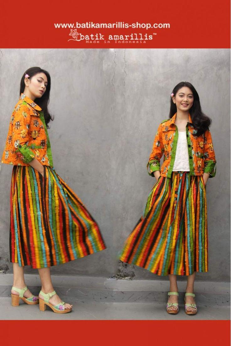 Batik Amarillis made in Indonesia www.batikamarillis-shop.com : Batik Amarillis's Traveller jacket in gorgeous Batik wonogiren ladybug  series & super cool Batik Amarillis's Traveller skirt in batik gendongan wonogiren series -the jacket itself is sporty chic, safari kinda style with a twist!!!