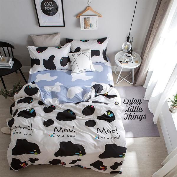 4 Piece Fabric Duvet Cover Set, Cow