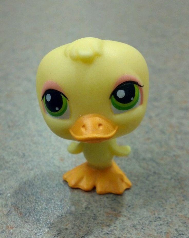 Littlest Pet Shop 51 Yellow Duck with Green Eyes