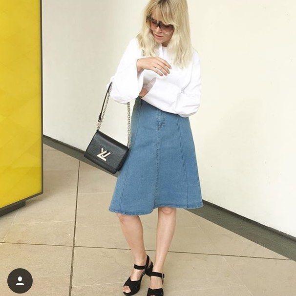 Monday mornings look so good in this skirt #stormandmariexmariejedig @mariejedig