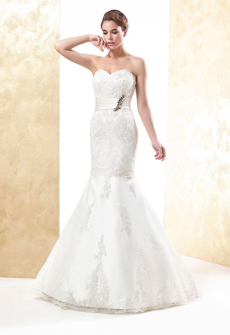 Sexy Trumpet/Mermaid Sweetheart Crystal Detailing Lace Sweep/Brush Train Wedding Dresses