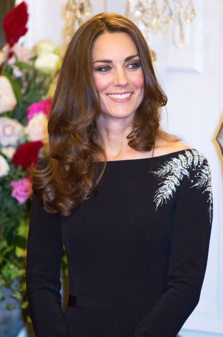 Meet the actress stepping into Kate Middleton's nude pumps... http://lookm.ag/AgjMJG