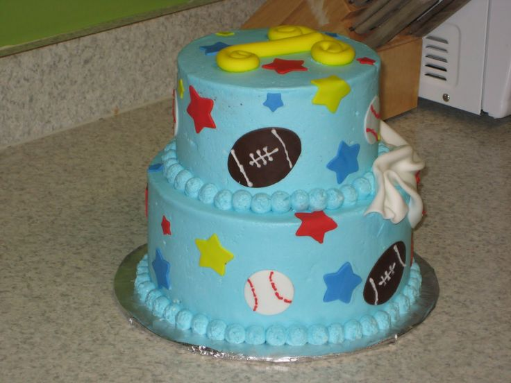 The Little Guys 1st Birthday He Had A Sports Themed Party Cake Was