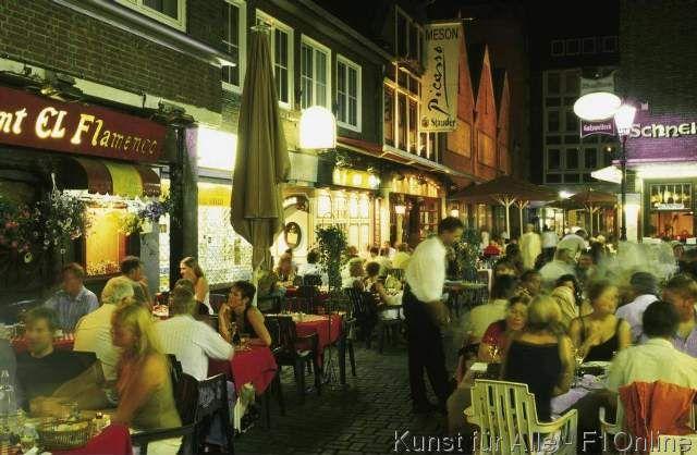 Schneider-Wibbel-Gasse Altstadt Restaurants Kneipen ausgehen Nachtleben am Abend Sommer Touristen Düsseldorf Nordrhein-Westfalen