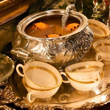 Charles Dickens Christmas | Christmas Wassail | Punch! Cooking Channel ...