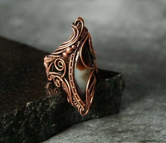 Ruffles  Brown Agate Statement Ring Size US7 1/2 Copper