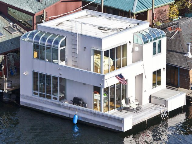 Houseboat In Seattle. This Sleek, Contemporary Houseboat By Architect Jim  Olsen Weighs In At Only Square Feet. But With Wraparound Windows, Epic  Skyline ...