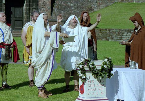 http://www.roman-empire.net/society/pics/wedding/wed-ceremony-5.jpg