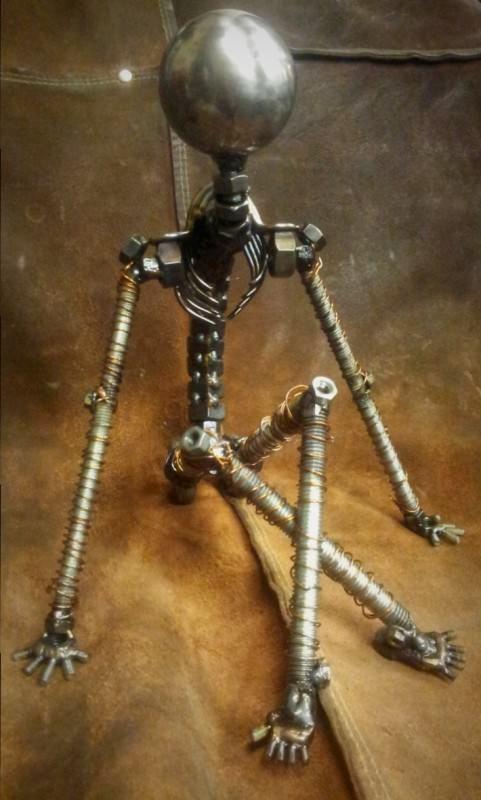 """Un moment de repos"" - Screws and Bolts Sculpture   Recyclart"