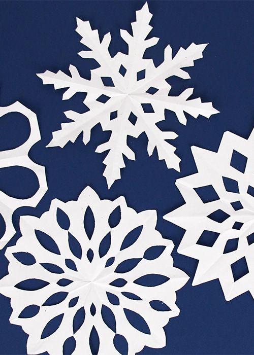 Oltre 25 fantastiche idee su flocon en papier su pinterest - Flocon de neige en papier pliage ...