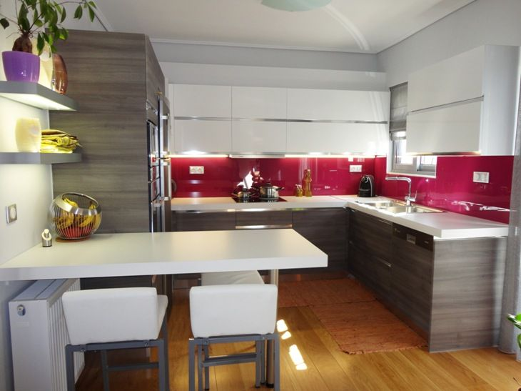Ανακαίνιση Κατοικίας στην Αγία Παρασκευή. Άποψη της κουζίνας.
